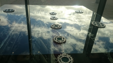 sky-on-a-glass-table