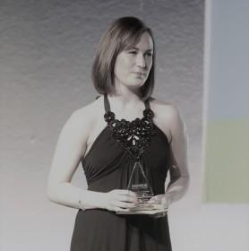 charlotte-briere-edney-presents-award